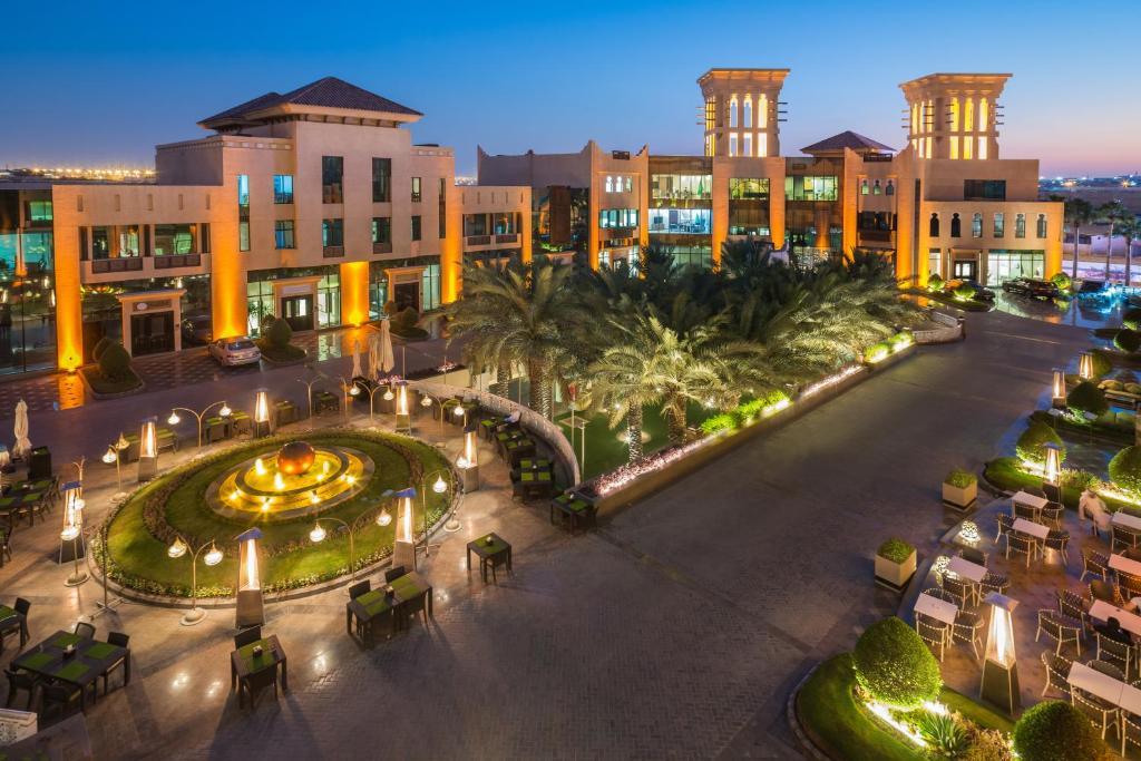 فنادق قريبه من مستشفى الملك خالد للعيون